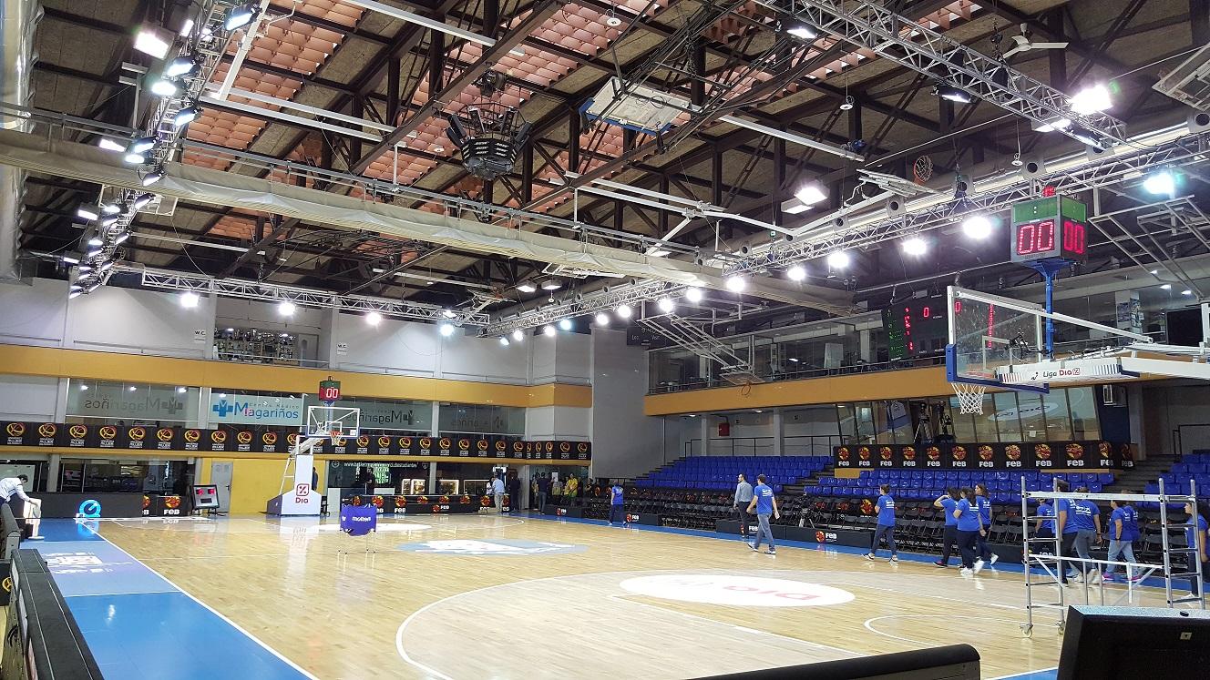 Alquiler de iluminación para cancha de baloncesto