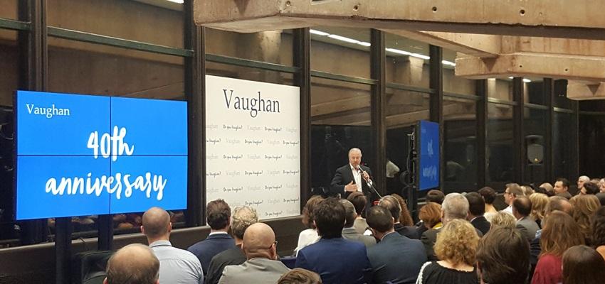 Alquiler equipos audiovisuales grupo Vaughan madrid